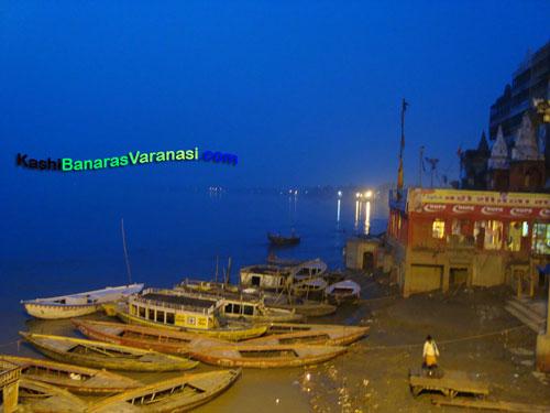 Benaras ghat